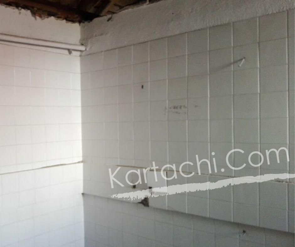 Къртене на плочки в баня